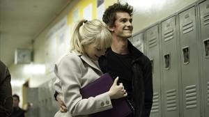 Emma Stone y Andrew Garfield, en una escena de la película 'The amazing Spider-Man'.