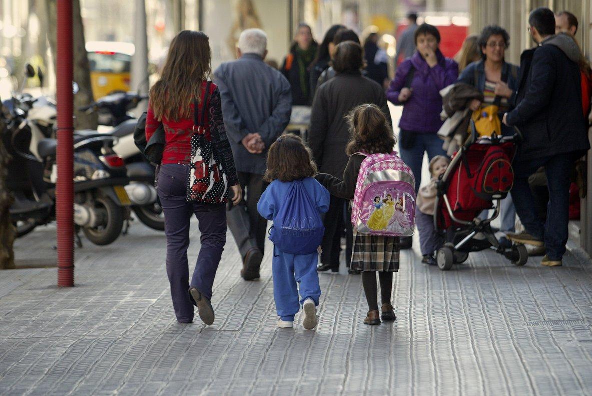 cb55144fc2780 Las faldas de los uniformes escolares no serán obligatorias en Galicia