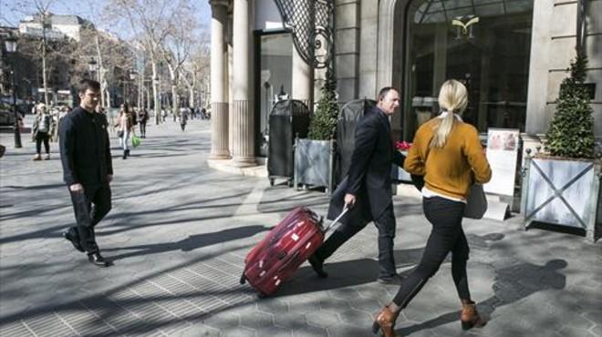 Airbnb generó un impacto económico de 740 millones de euros en Barcelona en el 2015