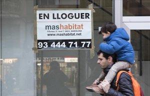 Un fil de Twitter retrata el surrealisme dels ajuts al lloguer a Barcelona