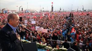 Turquia decideix si blindar o no Erdogan