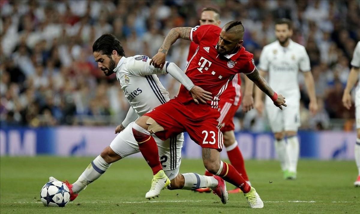 Vidal, en un partido entre el Madrid y el Bayern.
