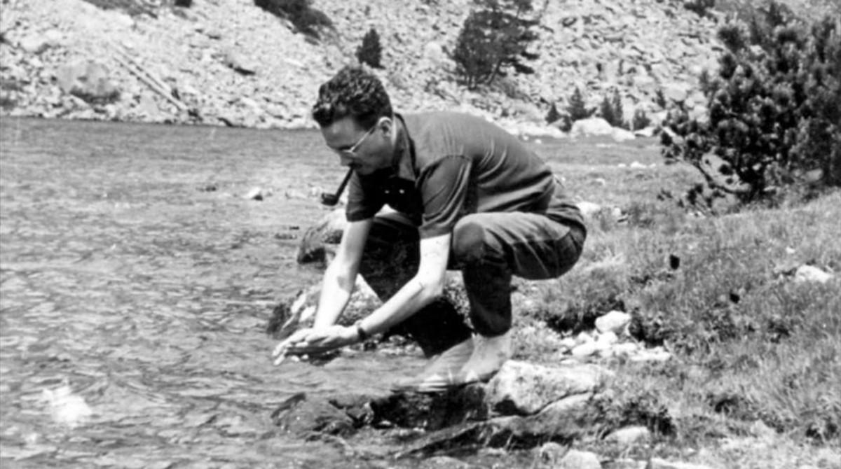 Josep Maria Espinàs, en 1957.