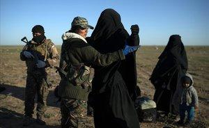 Repatriades dues dones nord-americanes vinculades a Estat Islàmic i sis nens