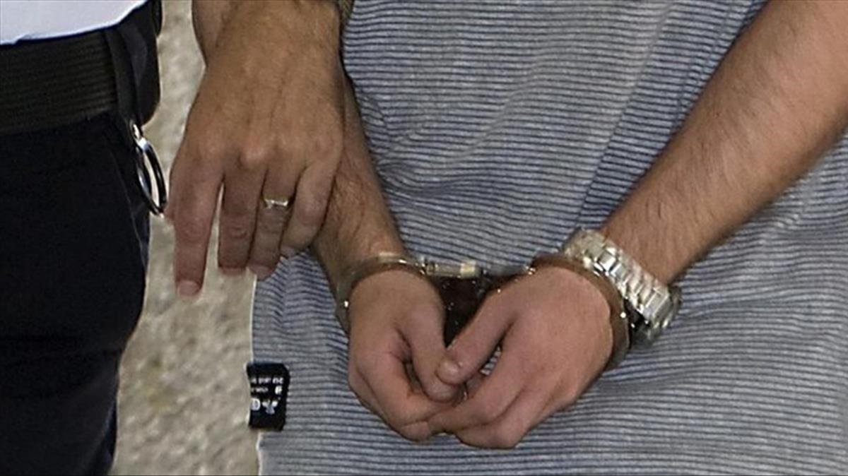 Imagen de archivo de un arrestado.