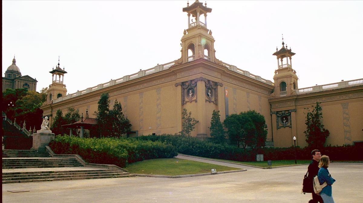 zentauroepp389803 barcelona 8 10 2002 sociedad palau o palacio de victoria170731132524
