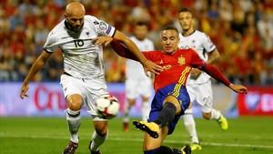 Rodrigo marca el primer gol de España ante Albania