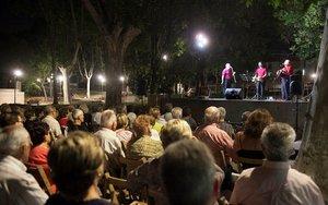 'Havaneres' y ron en las jornadas 'Nuestros abuelos', en Parets del Vallès.
