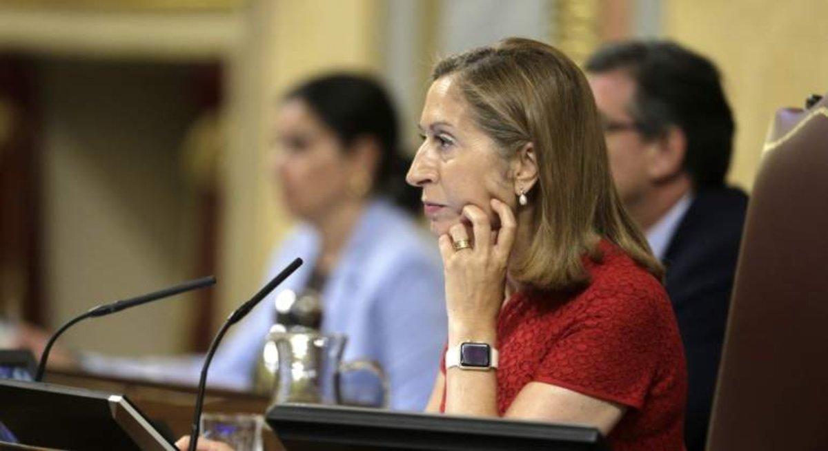 El Congrés analitza com tramitar els decrets llei del Govern amb les Corts dissoltes