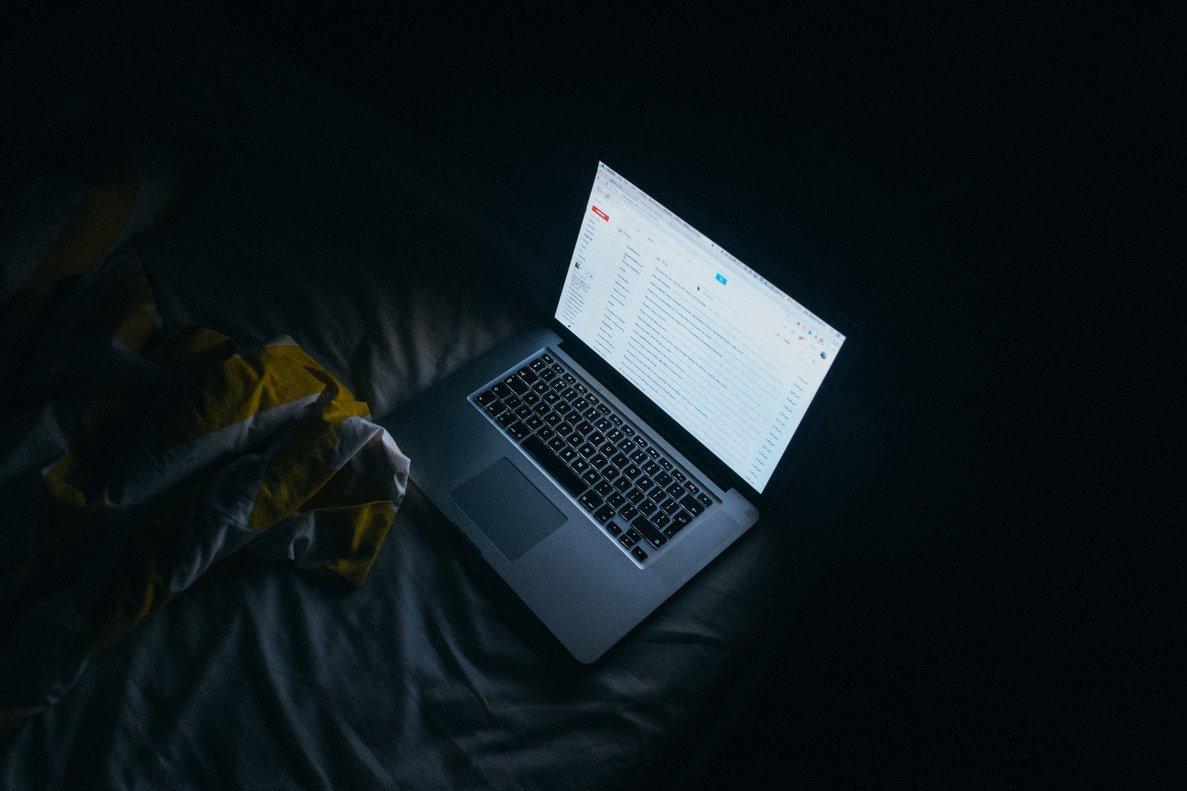 Por Internet circulan numerosos anuncios falsos. Detectarlos es fundamental para no caer en la trampa.
