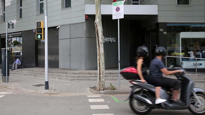 Apuñalan a un hombre durante una pelea en Barcelona.