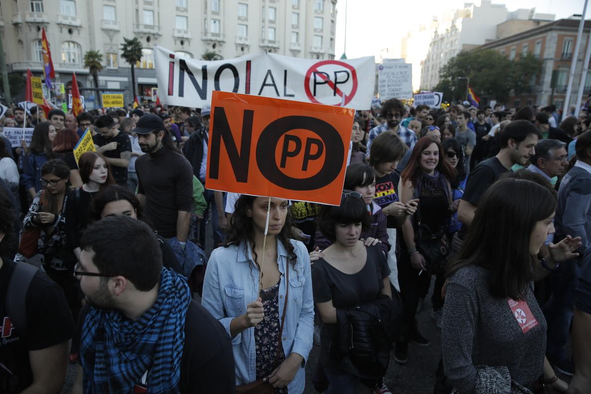 Asistentes a una manifestación 'Rodea el Congreso' de octubre del 2016.