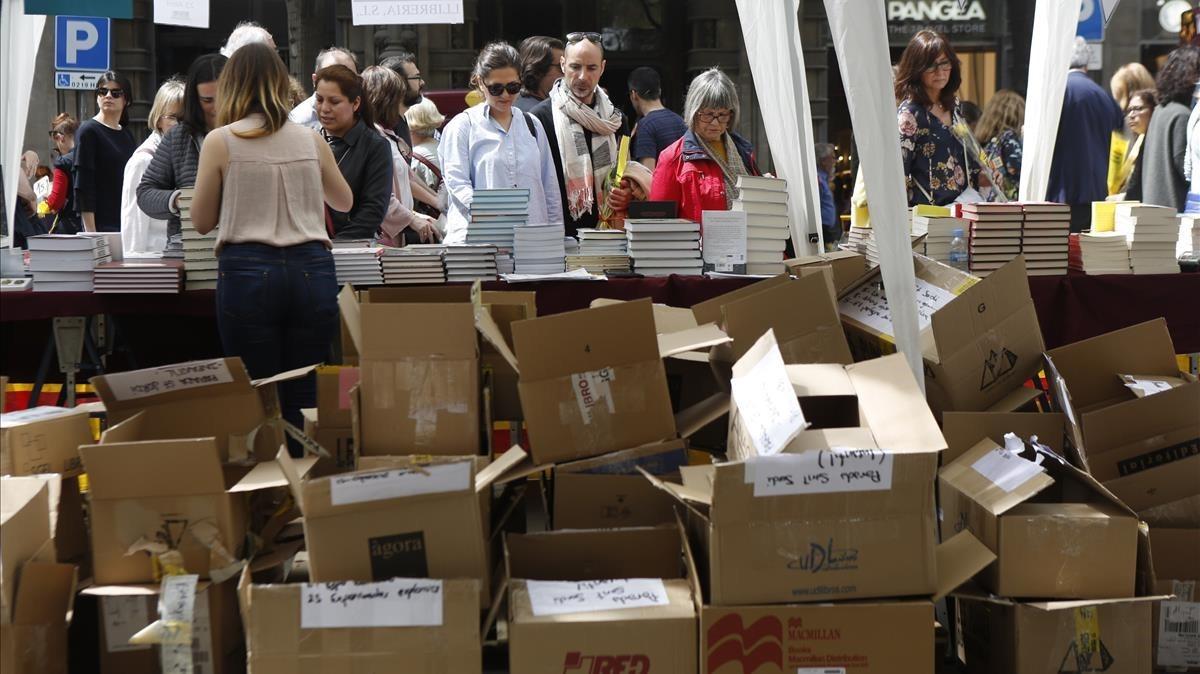 Aspecto de una de las librerías instaladas en La Rambla.