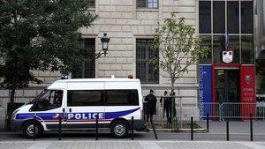Imagen de la comisaría donde un hombre ha matado a cuatro policíasen París.