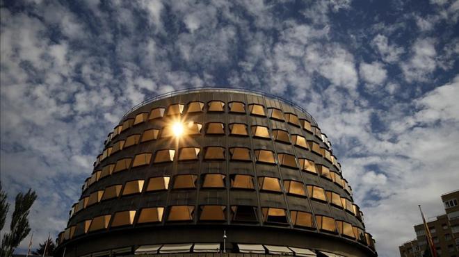 El Constitucional anul·la el full de ruta que fixava la celebració del referèndum català el 2017.