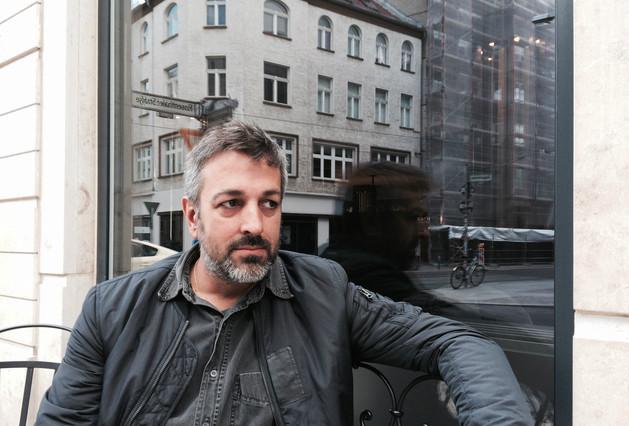 Daniel Riera, fotografiado en Berlín por John Dickey.
