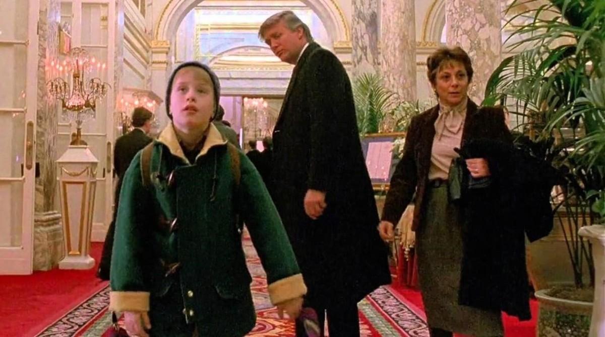 Macaulay Culkin y Donald Trump, en 'Solo en casa 2'.