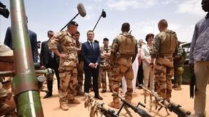 Le presidente de Francia, Emmanuel Macron, durante su viaje a Mali.