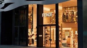 Fachada de la nueva boutique Fendi en Barcelona.