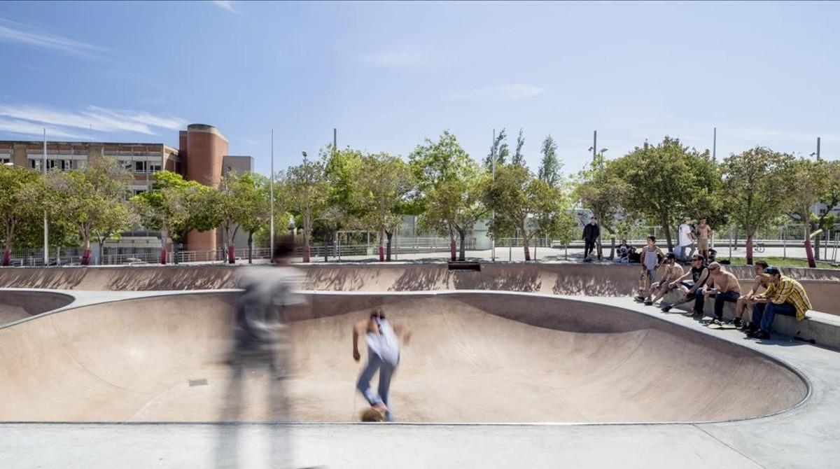 El 'Skate park' de Nou Barris, cuya reforma arrancaron sus jóvenes usuarios a base de reivindicaciones.