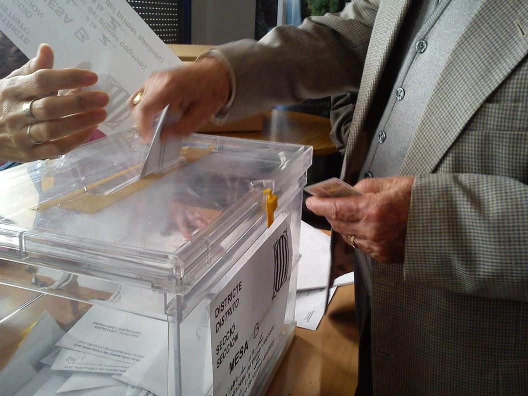Imagen de las votaciones en Mataró correspondientes a las autonómicas de 2012.
