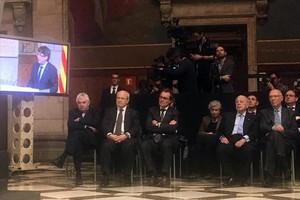 De izquierda a derecha, Pasqual Maragall, José Montilla, Artur Mas y, más retirado, Jordi Pujol, en el acto de homenaje a Josep Tarradellas.