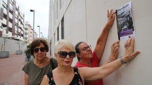 Puy, Mari Carmen y Yoyi en las Viviendas del Gobernador.