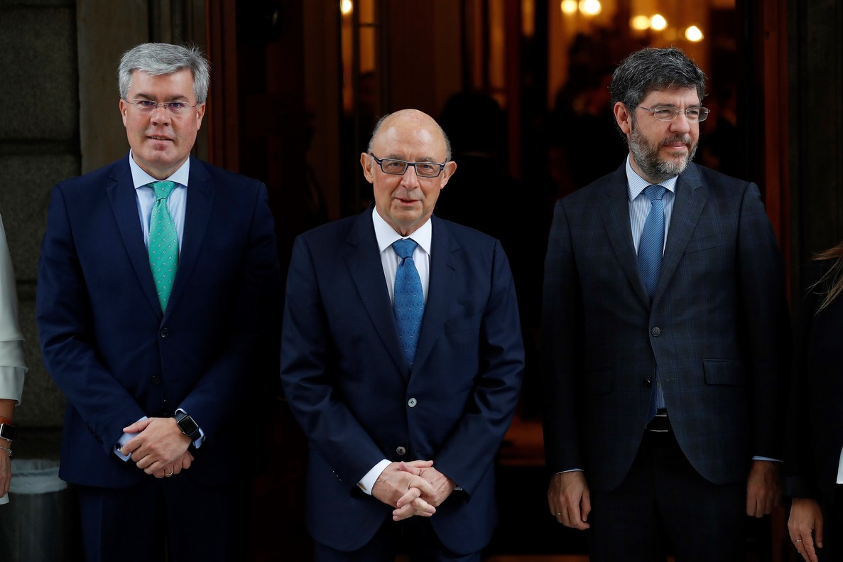José Enrique Fernández Moya, Cristobal Montoro y Alberto Nadal.