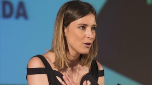 Sandra Barneda, en el momento de recoger el premio Triángulo Visibilidad.