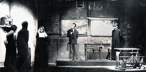los comienzos. Una imagen de 'No hablaré en clase', con Pepe Rubianes a la derecha. Se estrenó en L'Aliança del Poblenou en 1977 y alcanzó las 300 representaciones.