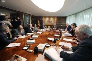 Los miembros del Constitucional, en una reunión el pasado mes de abril.