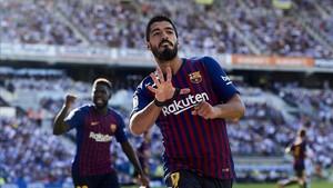 Luis Suárez celebra el gol del provisional empate de Anoeta que iniciaba la remontada del Barça.