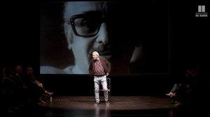 Marcos Hourmann en un momento de 'Celebraré mi muerte' en la Beckett.