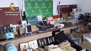 Material interceptado por la Guardia Civil y que la banda almacenaba en Rubí