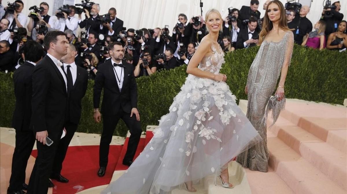 64a9424e0 Los vestidos de Claire Danes y Karolina Kurkova encienden la gala del