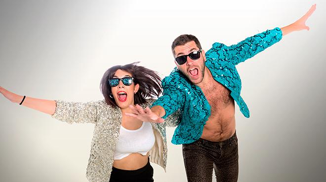 El dúo Ladilla Rusa, Tania Lozanoy Víctor Fernández Clares, interpretaMacaulay Culkin por primera vez en acústico.