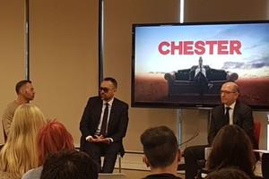 Risto Mejide recupera las gafas de sol para la vuelta del 'Chester' y se deja barba: «Estoy aprendiendo a escuchar»