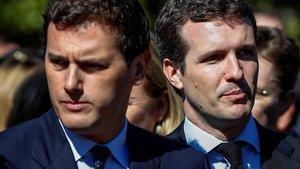 El presidente de Ciudadanos, Albert Rivera, y el del PP, Pablo Casado, el pasado marzo, en Madrid.