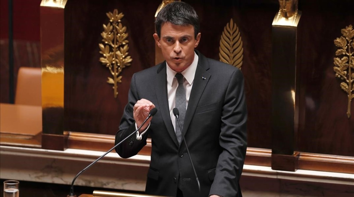 El primer ministro, Manuel Valls, en la Asamblea Nacional durante el debate de la reforma laboral.