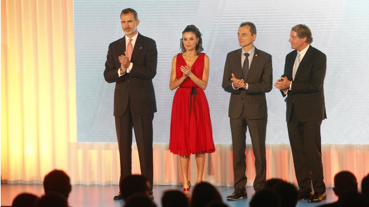 El Rey defiende una Catalunya de todos en los Premios Princesa de Girona.