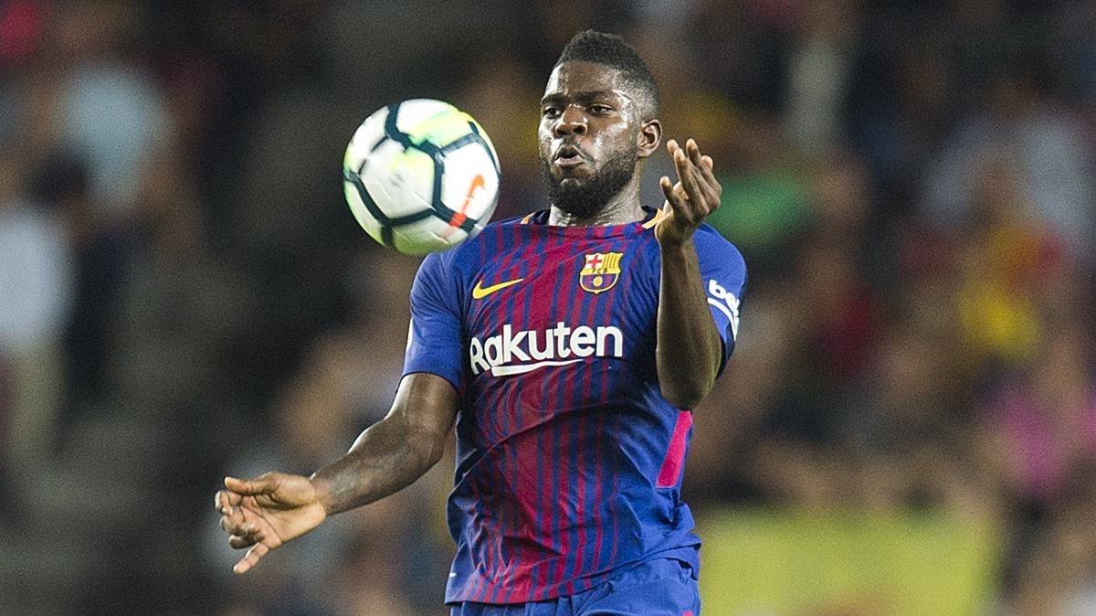 Umtiti controla un balón en un partido del Barça.