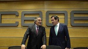 Los presidentes de CEOE, Juan Rosell, y de de Cepyme, Antonio Garamendi, en junio del 2018.