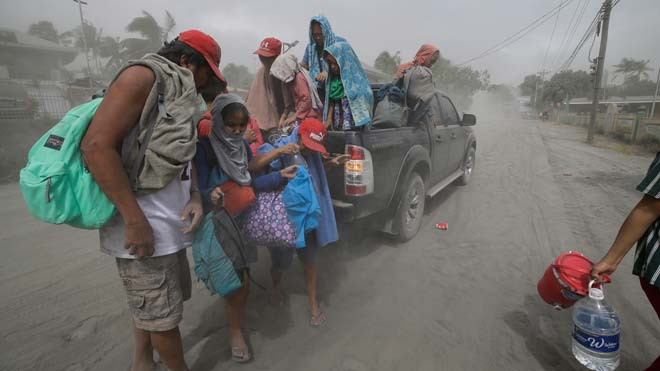 Més de 24.000 evacuats pel volcà Taal de les Filipines
