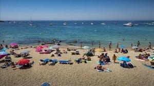 Mor el segon nen hospitalitzat després de ser rescatat a la platja de Roses