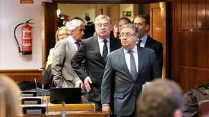 El ministro del Interior, Juan Ignacio Zoido, a su llegada a la comisión del Senado para dar cuenta de la actuación de la policía el 1-O.