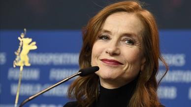 Isabelle Huppert tropieza en la Berlinale