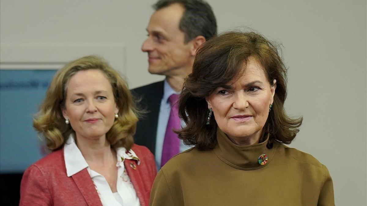 Carmen Calvo,Nadia Calviño y Pedro Duque en la rueda de prensa posterior al Consejo de Ministros.