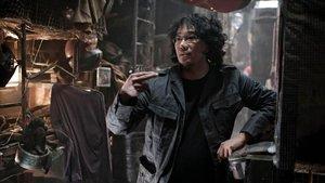 Bong Joon-ho, durante el rodaje de 'Parásitos'.