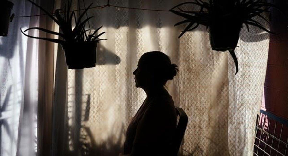 Mujer migrante víctima de violencia machista.