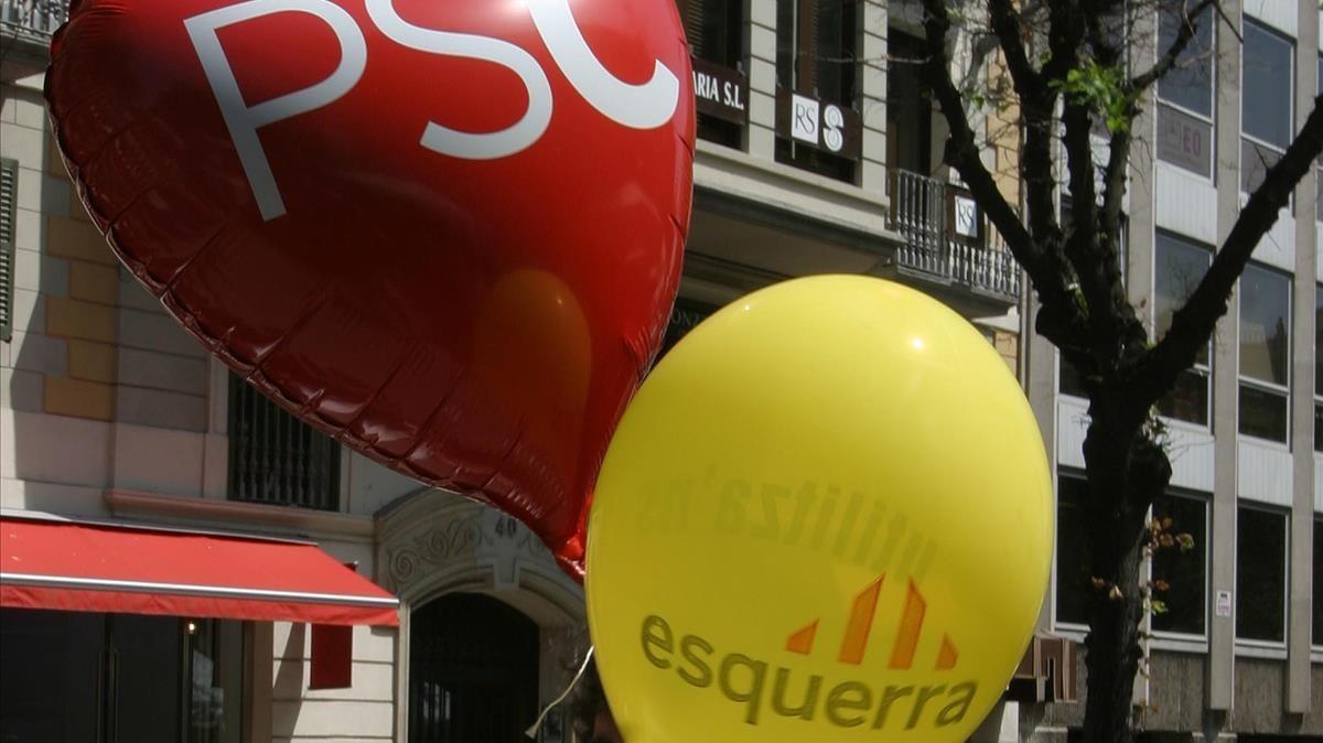 Globos de partidos en una Diada de Sant Jordi.